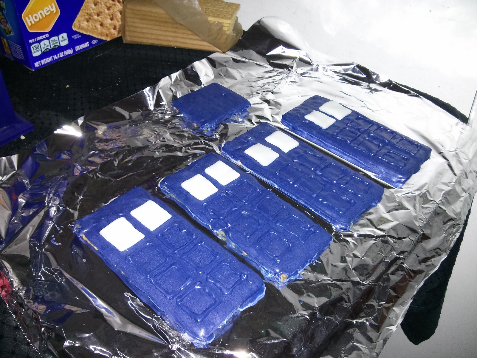 Gingerbread Tardis Airhead Windows